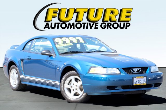 Pre-Owned 2000 Ford Mustang BASE