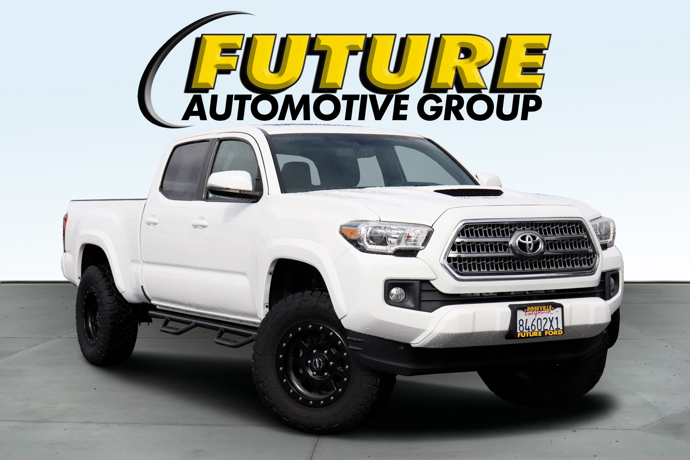 Pre Owned 2016 Toyota Tacoma Crew Cab Pickup In Roseville P86157