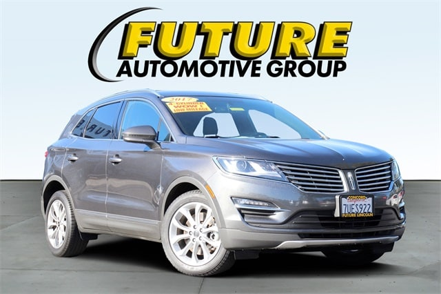 2017 Lincoln Mkc Select >> Pre Owned 2017 Lincoln Mkc Select With Navigation