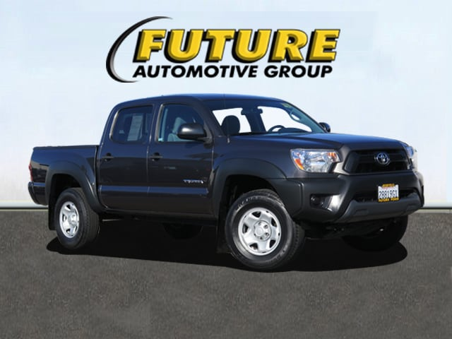 Pre-Owned 2012 Toyota Tacoma PreRunner V6 Double Cab