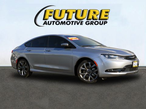 Pre-Owned 2015 Chrysler 200 FWD S