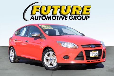 Pre-Owned 2014 Ford Focus -