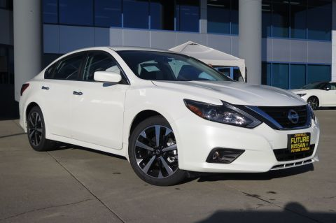 New 2018 Nissan Altima 2.5 SR FWD 4dr Car