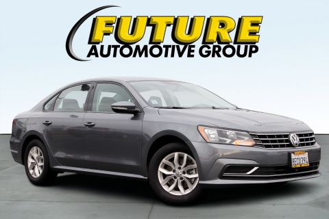 Pre-Owned 2018 Volkswagen Passat Sedan