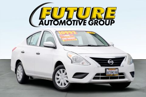 Pre-Owned 2017 Nissan Versa S Plus