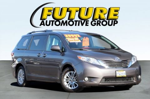 Pre-Owned 2016 Toyota Sienna L