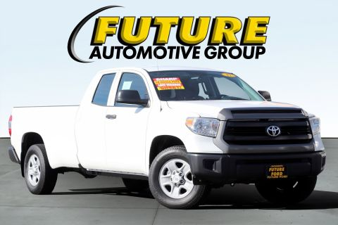 Pre-Owned 2017 Toyota Tundra 2WD SR V8