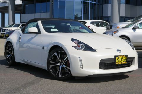 New 2018 Nissan 370Z Roadster Touring Sport